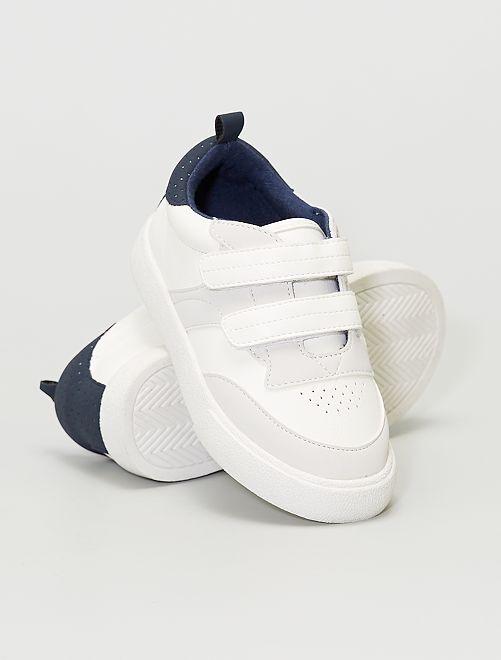 Zapatillas bajas con velcros                             blanco