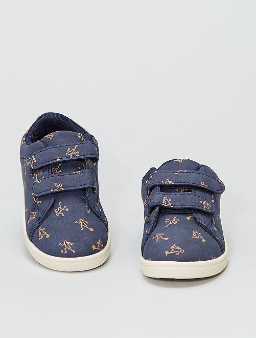 Zapatillas bajas estampadas                             azul navy