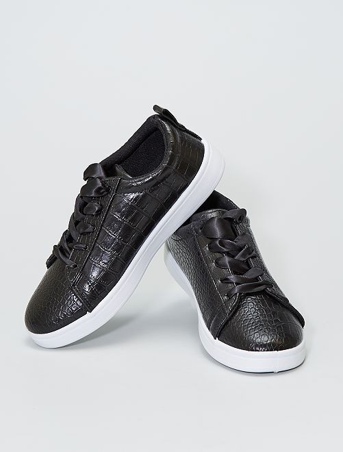 Zapatillas bajas texturizadas efecto 'serpiente'                             negro