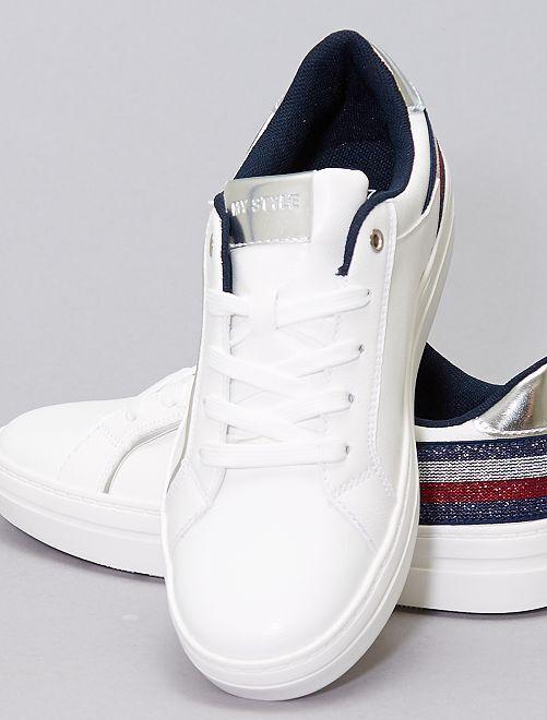 Zapatillas con bandas tricolores                             blanco