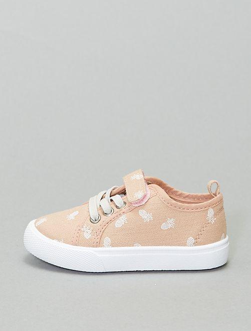 Zapatillas con bordado inglés                             rosa
