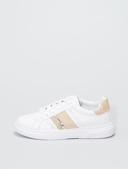 Zapatillas con detalles dorados                             oro