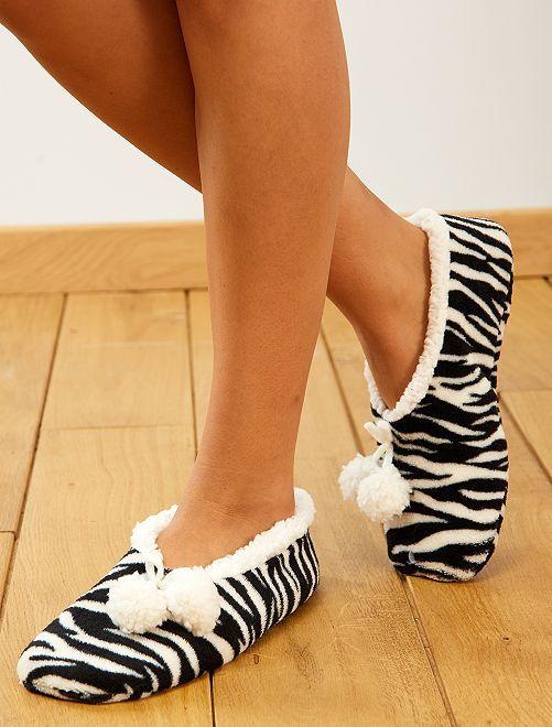 Zapatillas de casa de pelo sintético                                                     cebra