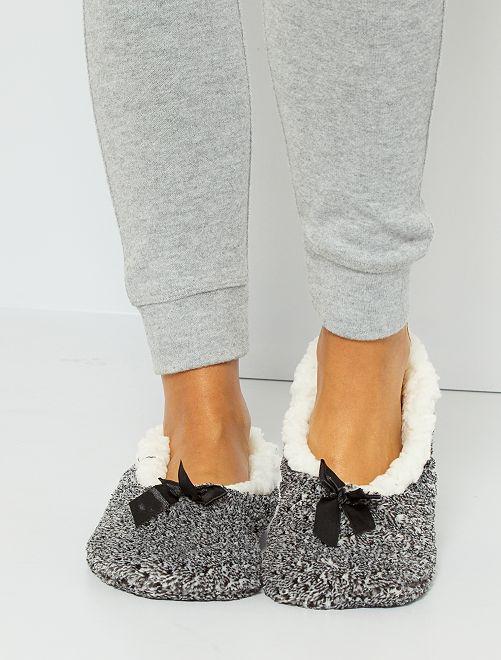 Zapatillas de casa tipo manoletinas con forro                                                     NEGRO