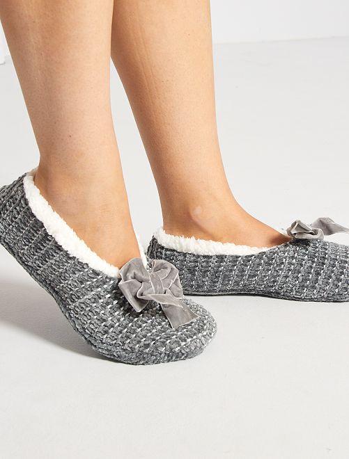 Zapatillas de casa tipo manoletinas de punto                                                     gris
