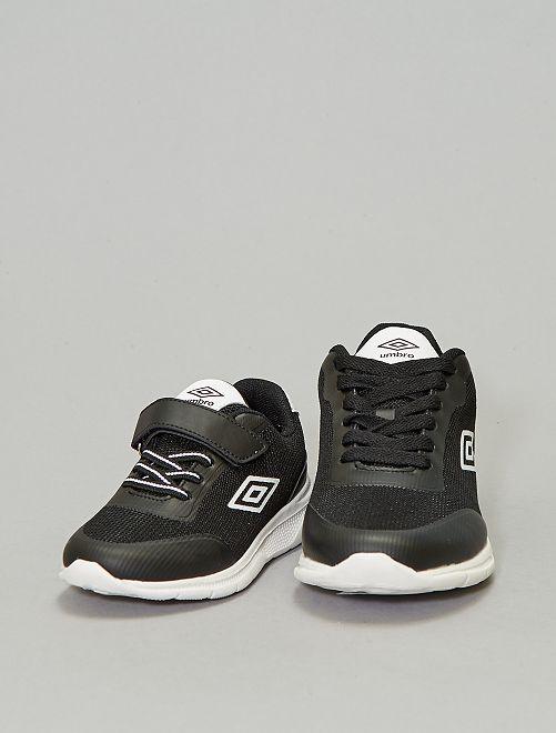 Zapatillas de malla 'Umbro'                                         negro
