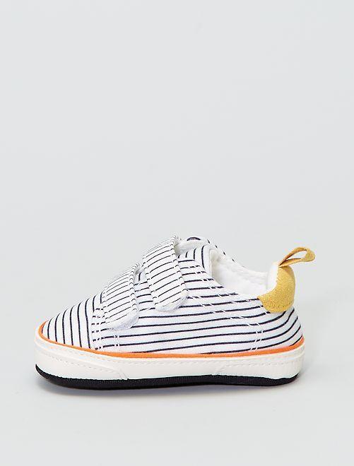 Zapatillas de tela con velcro                             BLANCO