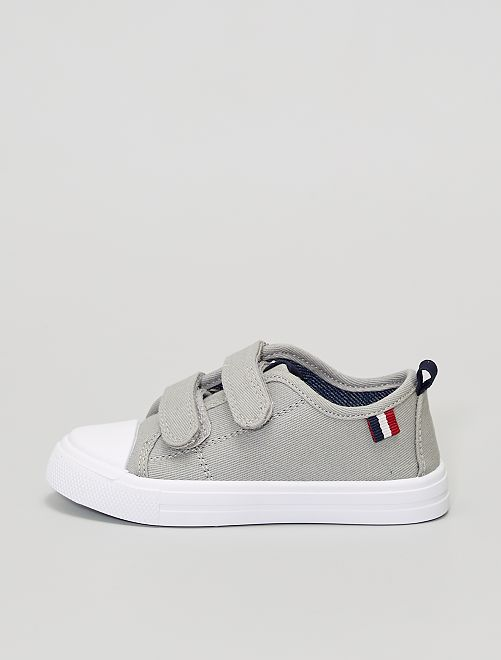 Zapatillas de tela con velcros                             gris