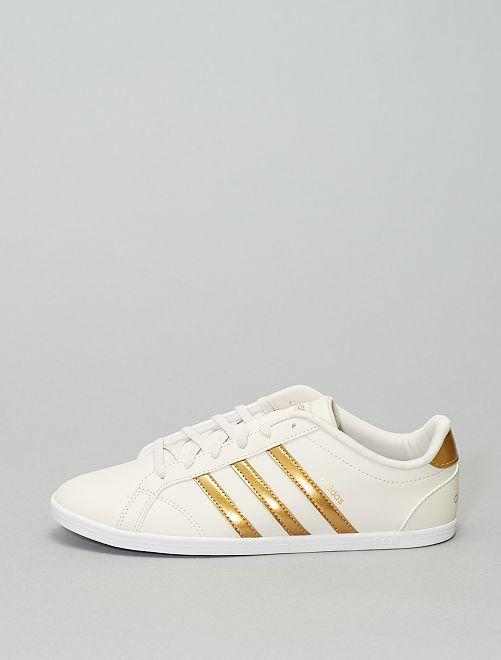 Zapatillas deportivas 'Adidas Coneo'                             beige