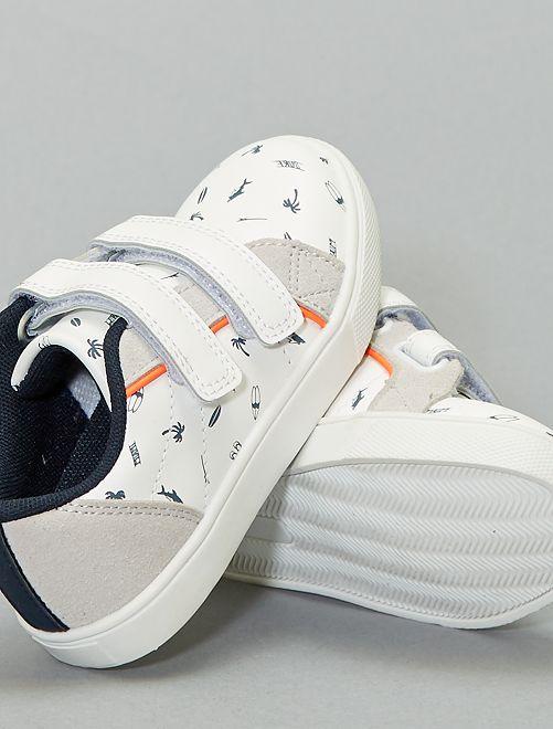 Zapatillas deportivas bajas estampadas con velcro                             blanco