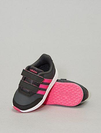 La A Zapatillas Moda Adidas NinaKiabi Pequeños Precios qMSzpUV