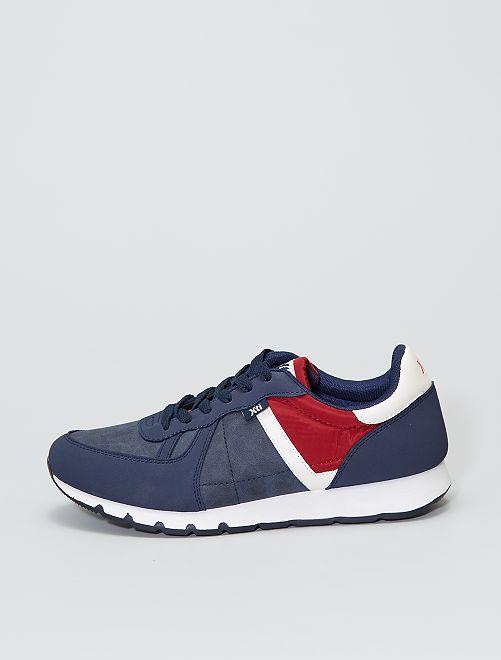 Zapatillas deportivas tricolores                                         azul navy