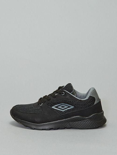 Zapatillas deportivas 'Umbro' de tela y material sintético                             NEGRO