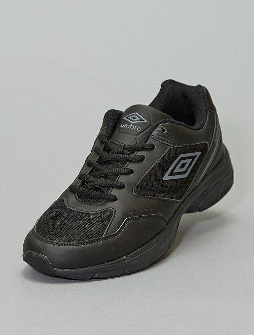 Zapatillas deportivas 'Umbro'                             NEGRO