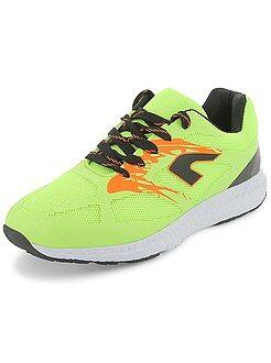 Zapatos - Zapatillas estilo running de malla flúor - Kiabi