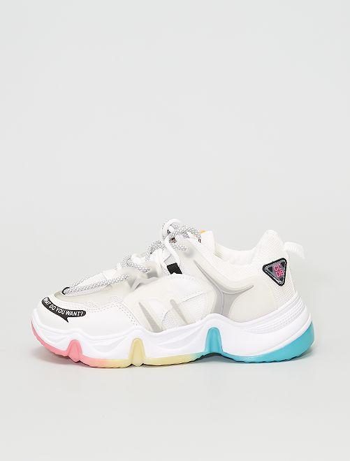 Zapatillas suela gruesa multicolor                             blanco