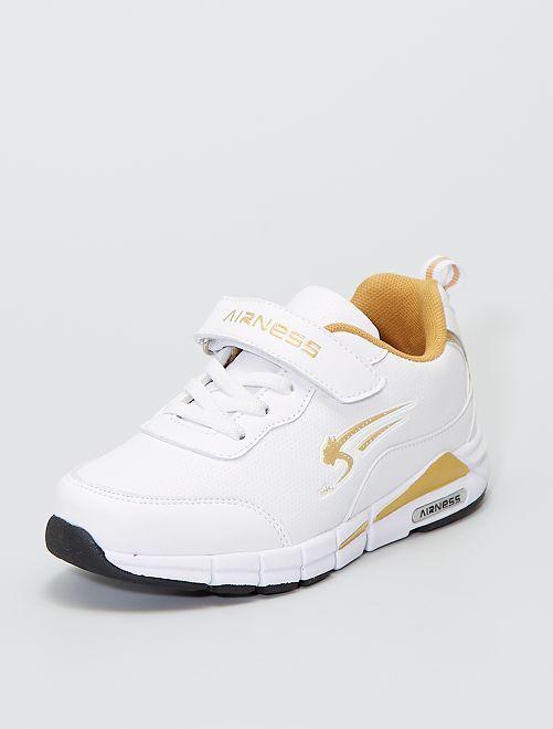 Zapatillas tipo 'Airness' con detalles dorados                             blanco