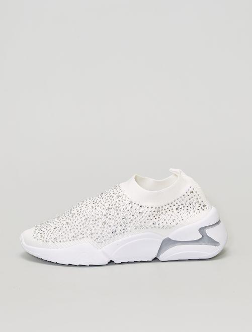 Zapatillas tipo calcetines con strass                             blanco