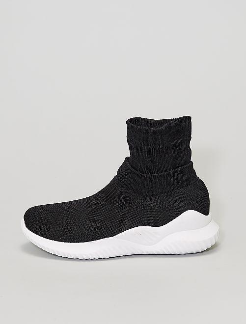 Zapatillas tipo calcetines                             NEGRO