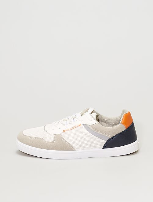 Zapatillas tricolores                             blanco