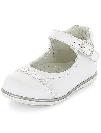 corazones 0 detalles Kiabi con meses Niña 36 Zapatos de qAwdn60