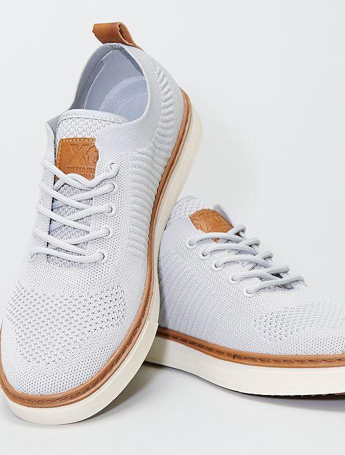 Zapatos de malla                             gris