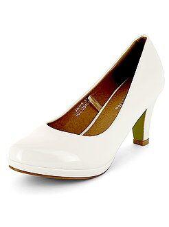 Zapatos - Zapatos de tacón de piel sintética acharolada - Kiabi