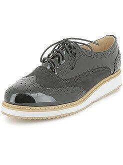 Zapatos con cordones - Zapatos derby de piel sintética de charol con plataforma - Kiabi