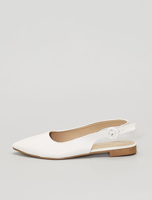 Zapatos planos                             blanco