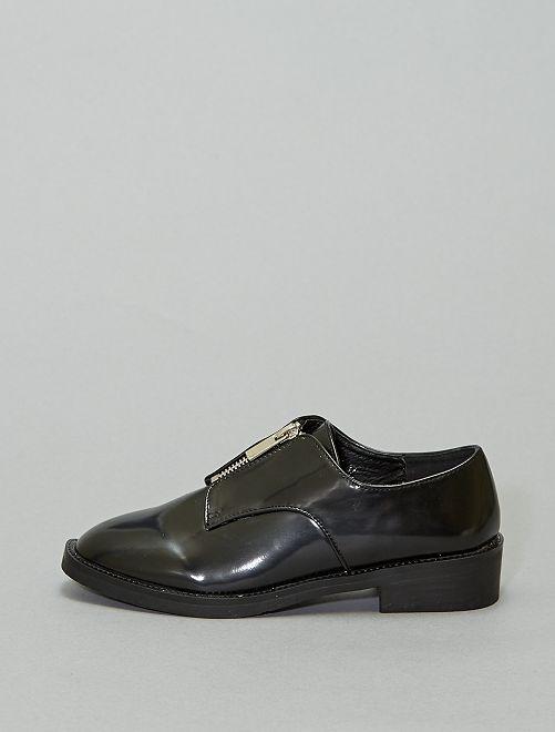 Zapatos tipo derby de charol con cremalleras                             negro