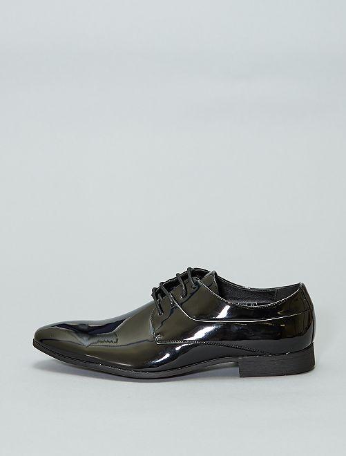 Zapatos tipo derby de charol                             NEGRO