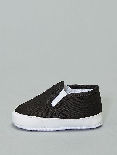 Zapatos tipo slip-on                                                                 negro